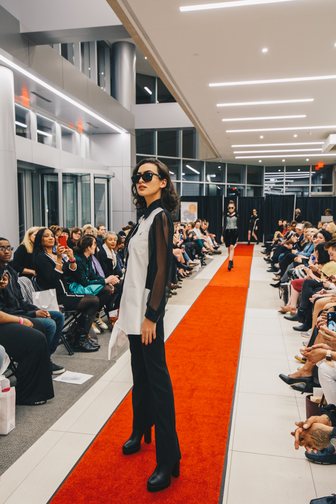 Guests received swag bags at the event, and if they arrived with a clothing donation, they were entered into a raffle to win a $1,000 prize pack. / Image: Catherine Viox // Published: 3.23.19