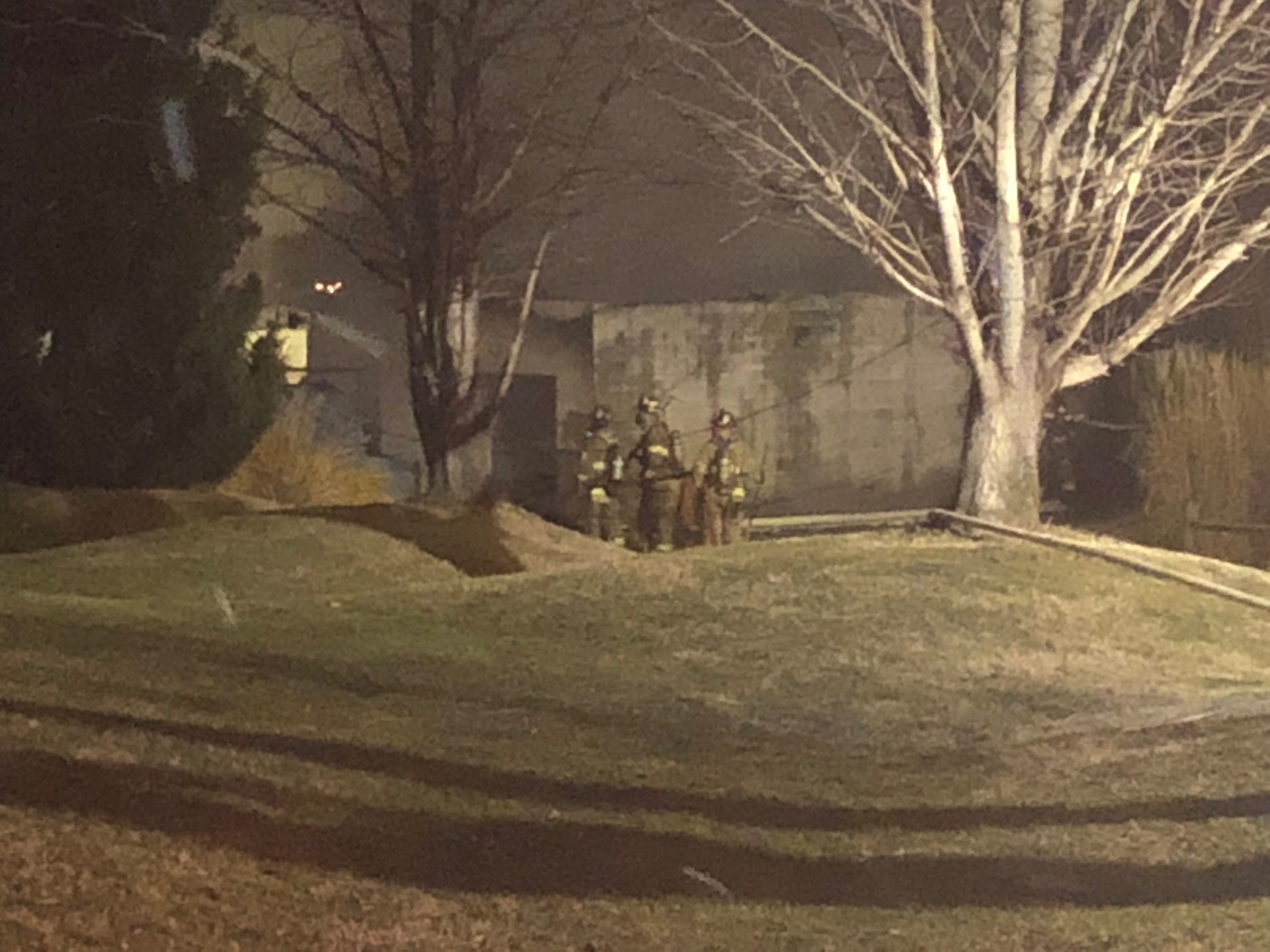 Fire crews work to put out the flames at a building at Little Creek Golf Club in South Charleston. (WCHS/WVAH<p></p>