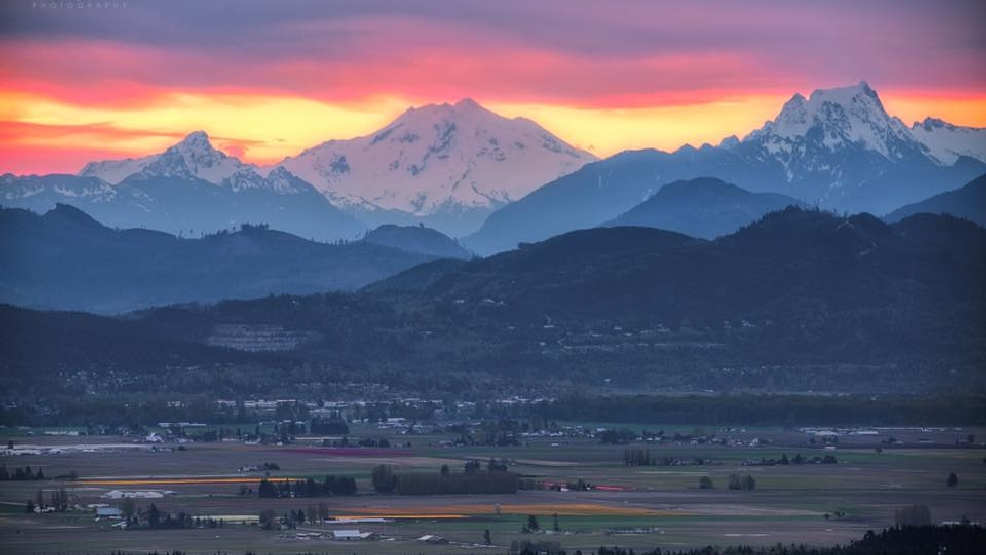 "Gallery: Stunning springtime Northwest photos from KOMO's ""Legion of Zoom"""