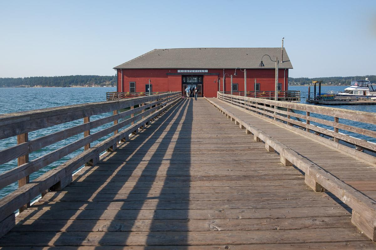 Coupeville's famous wharf (Image: Paola Thomas / Seattle Refined)