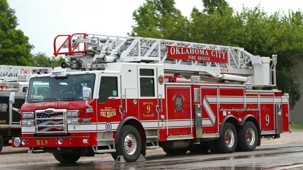 OKC firefighters respond to vacant house fire