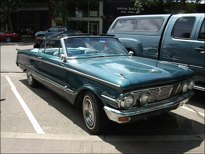 A rare conjunction of celestial events -- a Mercury Comet.  Decades ago, this Comet used to be spotted anywhere along the I-5 corridor, but now is seen with rarity on par with Halley's Comet.  (Photo: Flickr user hisgett, CC 3.0 license)