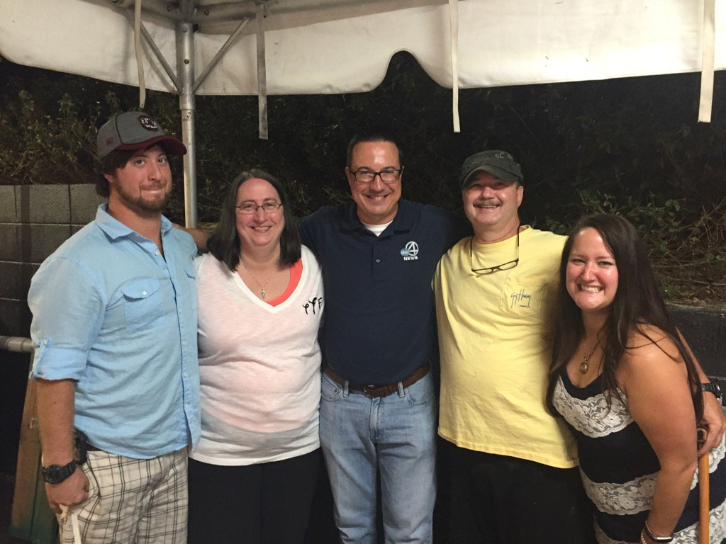 Scott, Terri, Zackary & Shelley won the $50 gift card (Dave Williams/WCIV)