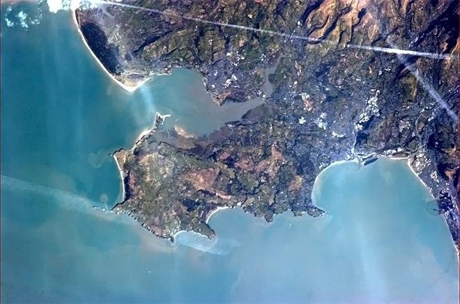Swansea, Wales. A natural place for people to settle and live, from pre-history to the Vikings to today (Photo & Caption: Chris Hadfield/NASA)