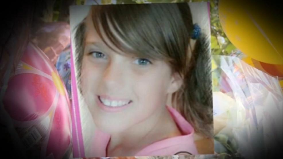 Teen Girl Autopsie, Samus Nackt Titten