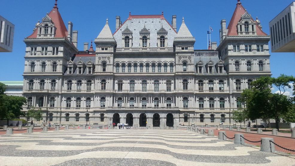 NY lawmakers urged to add more mental health housing