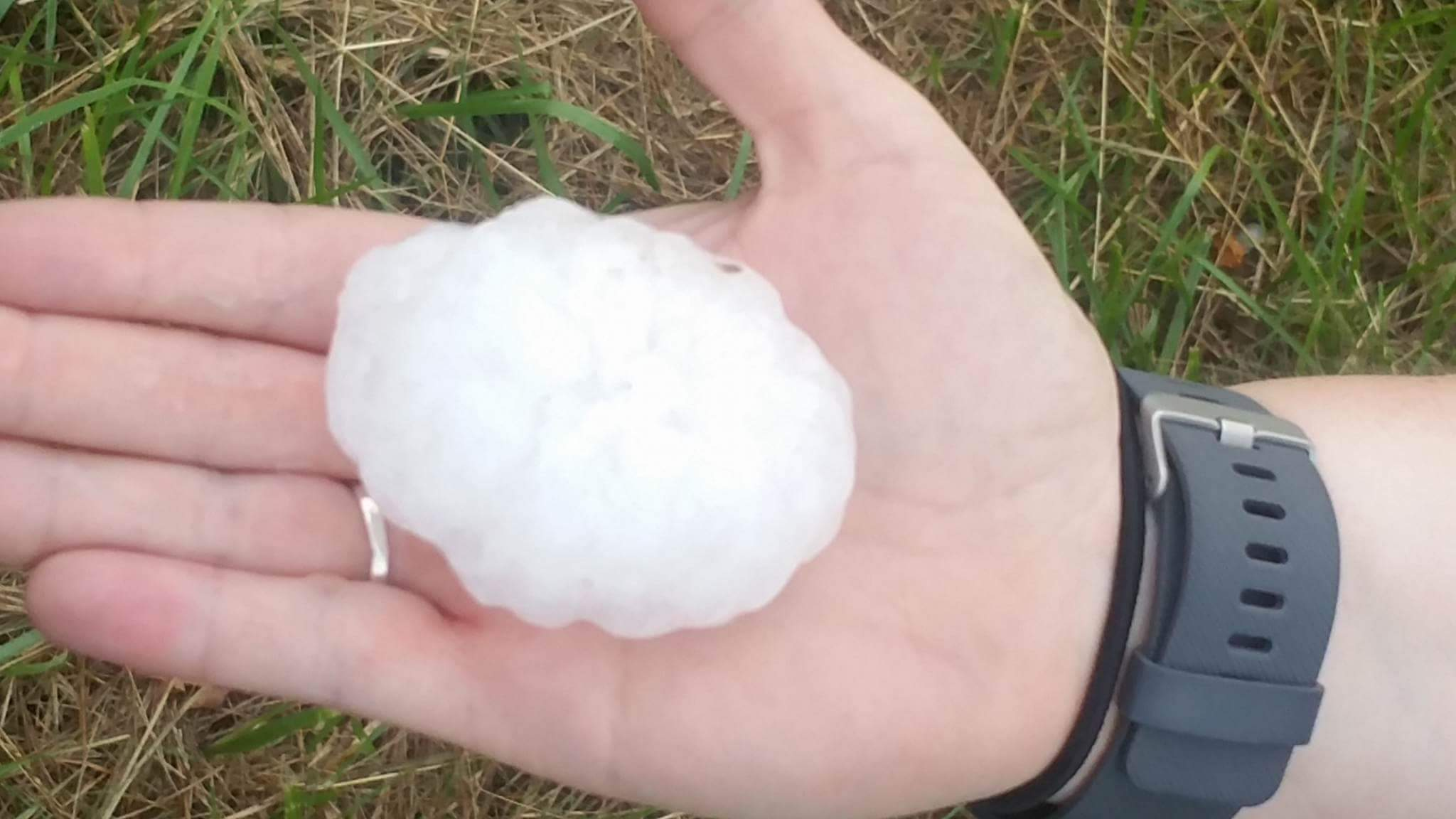 Large hail in Kahoka.  Photo submitted by: Jessica Justice