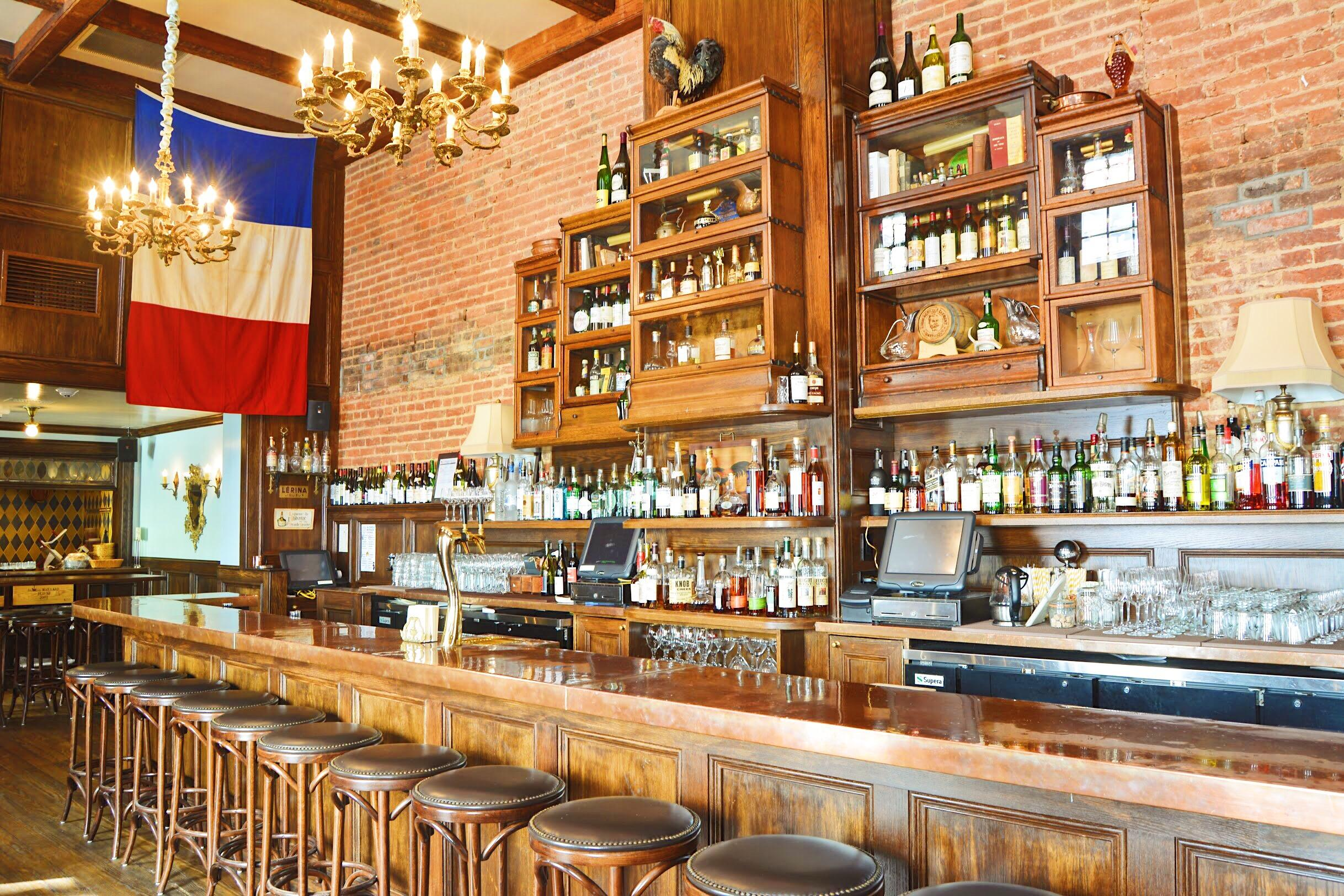 Bar a Vin, the low-key wine bar adjacent to Chez Billy Sud. (Image: Courtesy Bar a Vin)