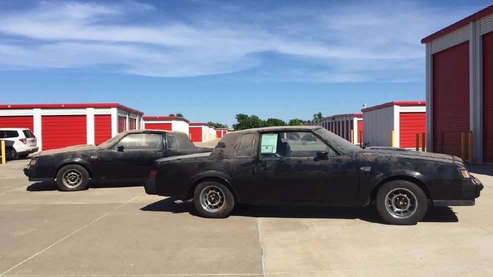 Rare Find Two Mint Condition Twin 1987 Cars Found In Northwest