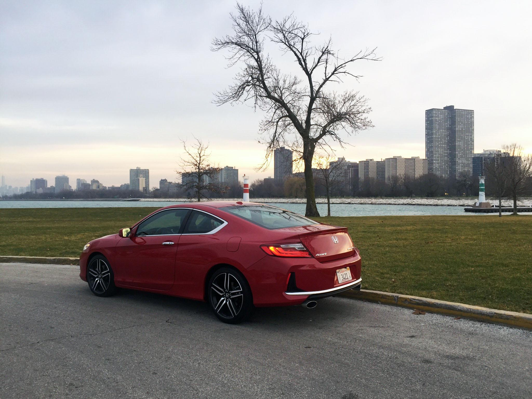 2016 honda accord coupe a fun and sporty honda for 03 honda accord coupe