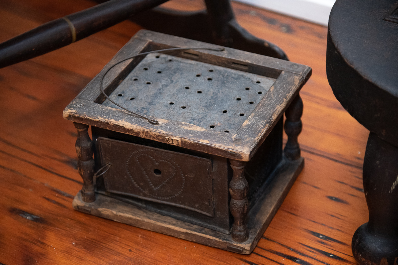 A Victorian foot warmer / Image: Phil Armstrong, Cincinnati Refined // Published: 9.6.19