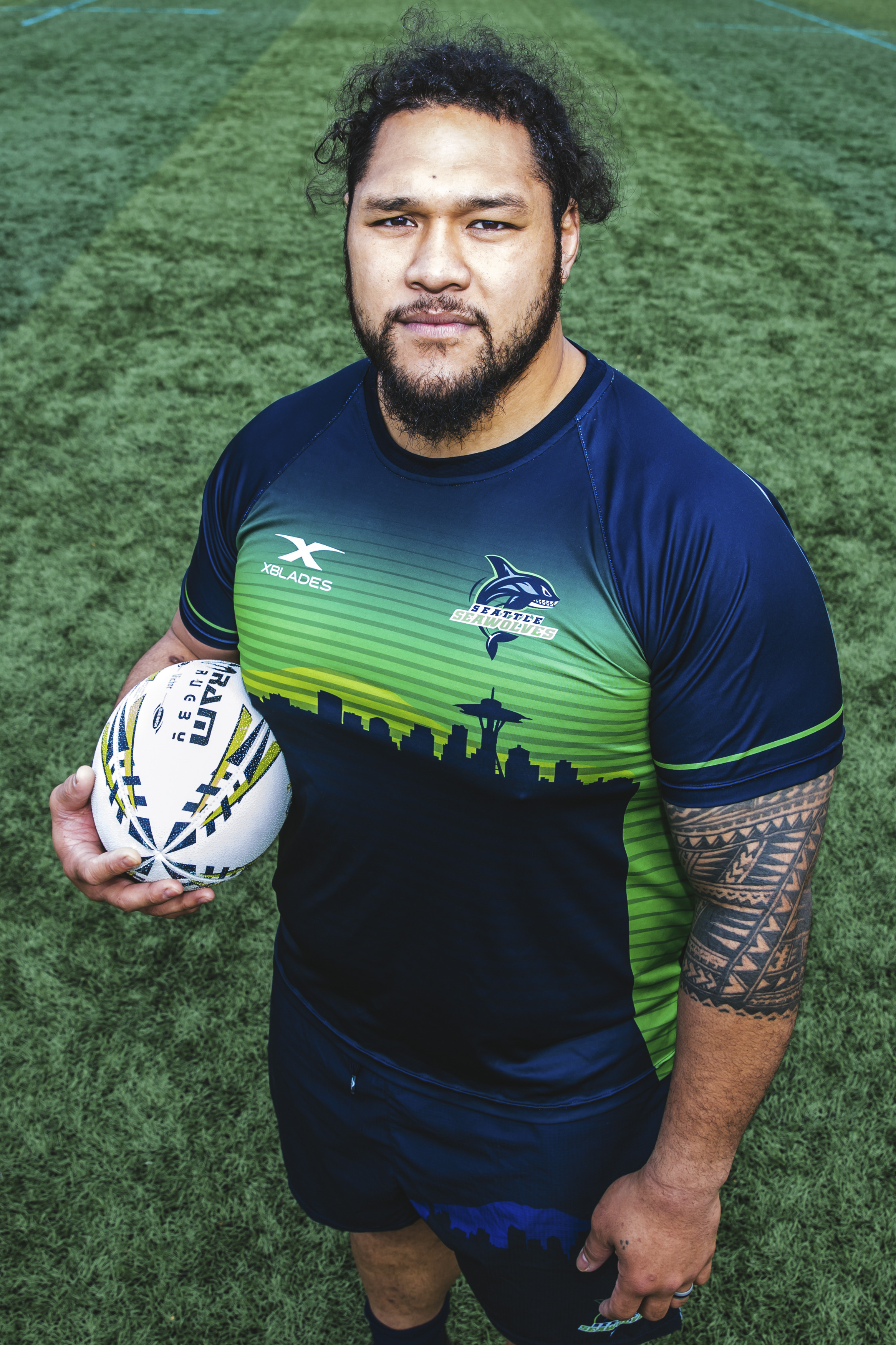 Meet Oli! Oli, 32, is Washington born and raised, baaabay! He plays Prop for the Seawolves and his favorite movie is, only the best movie of all time, Lean On Me. (Image: Sunita Martini / Seattle Refined).