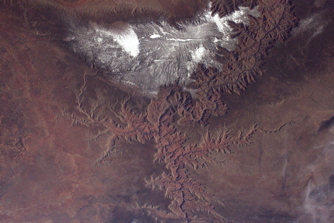 The Grand Canyon, is less grand when seen from space but still very impressive! (Photo & Caption: Thomas Pesquet // NASA)