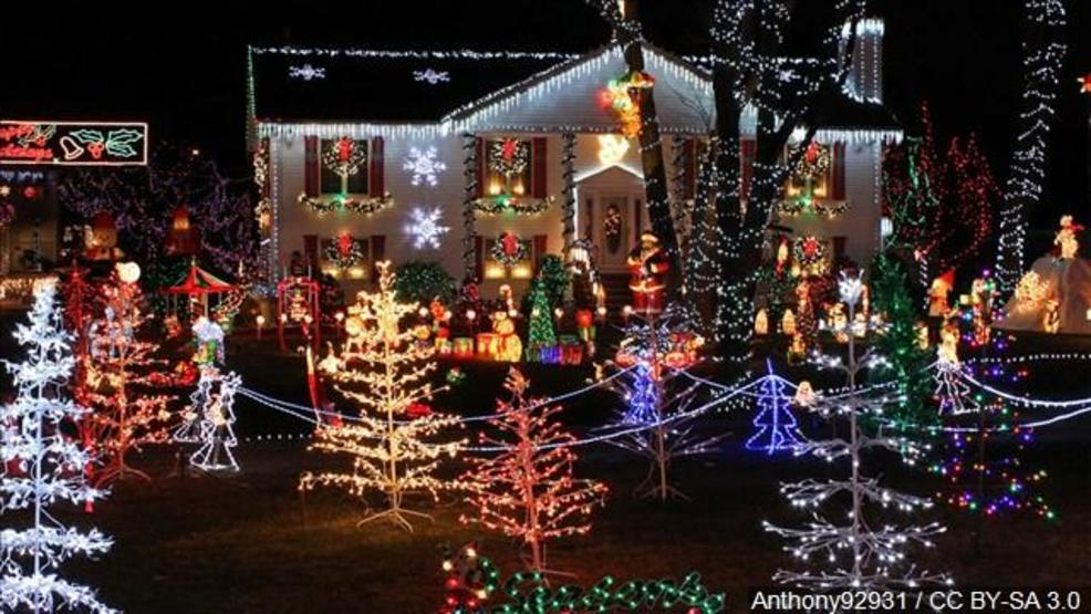 profitt report holiday light decorating tips from the professionals