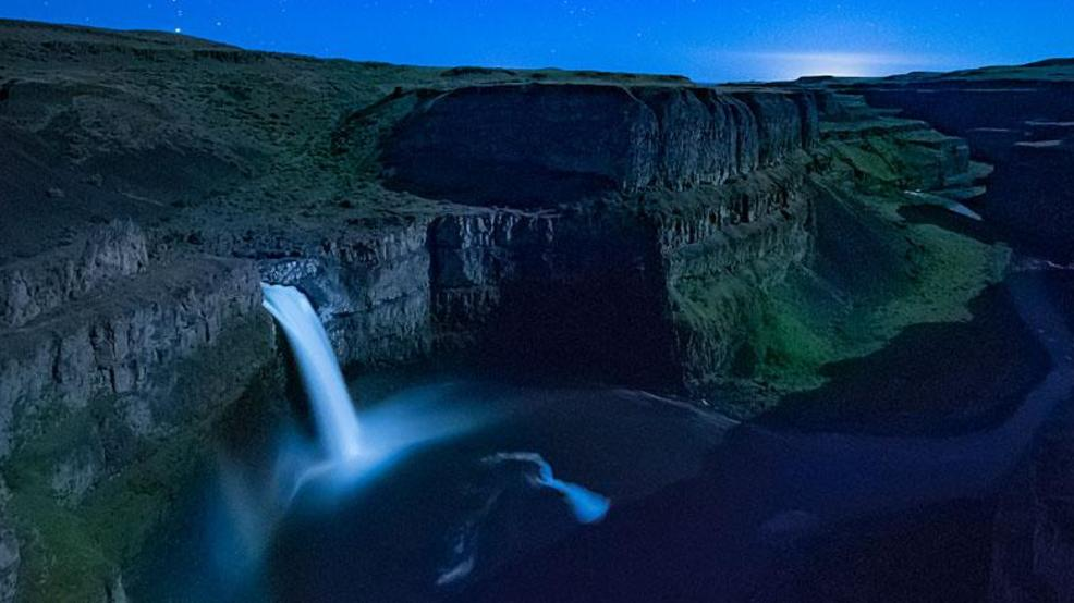 Watch: Time lapse video shows beauty of moonset shadow over Palouse Falls