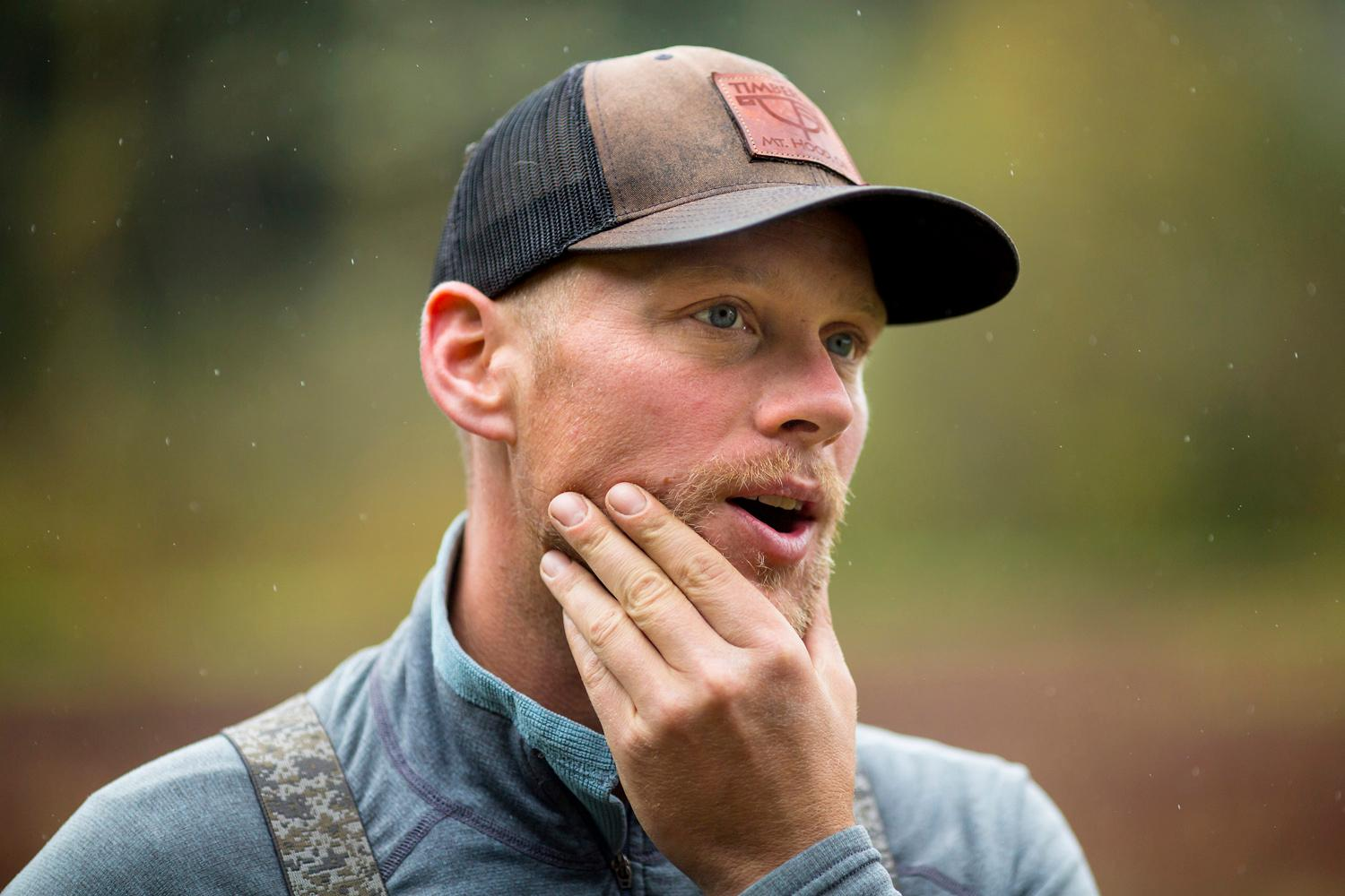 Jared Oakes, co-owner of Starvation Alley Farms, during the annual harvest. (Sy Bean / Seattle Refined)