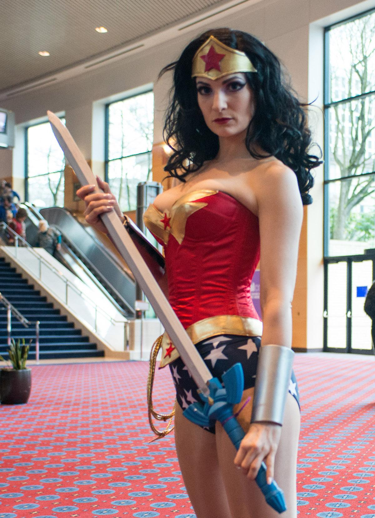 Fans Filled The Oregon Convention Center For Wizard World Comic Con Portland A Three
