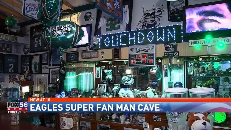 Ultimate Man Cave Show : Eagles fan man cave whp