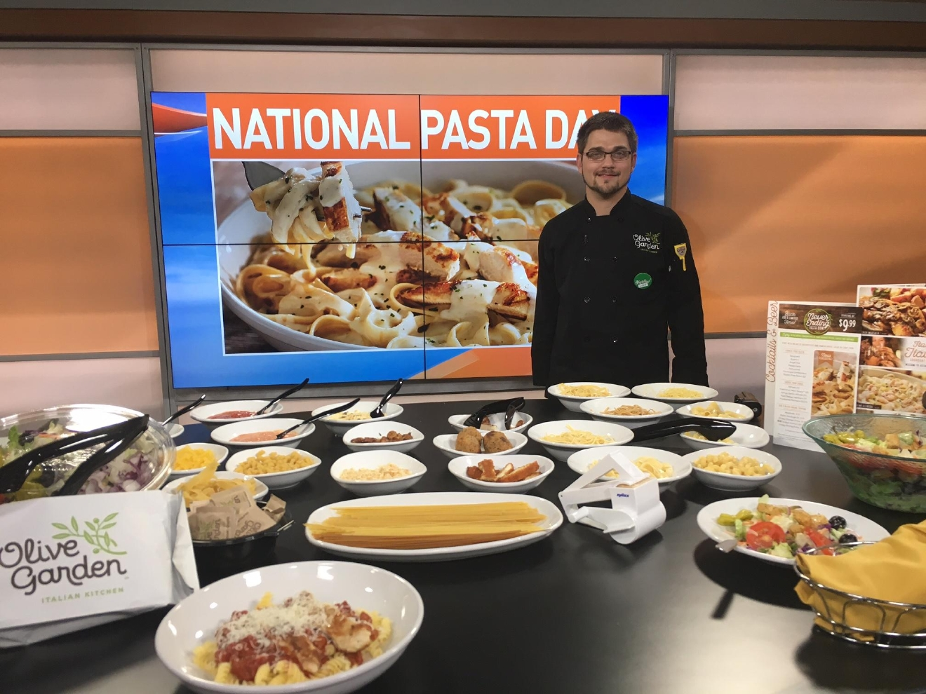 Time To Carb Load It 39 S National Pasta Day Weyi