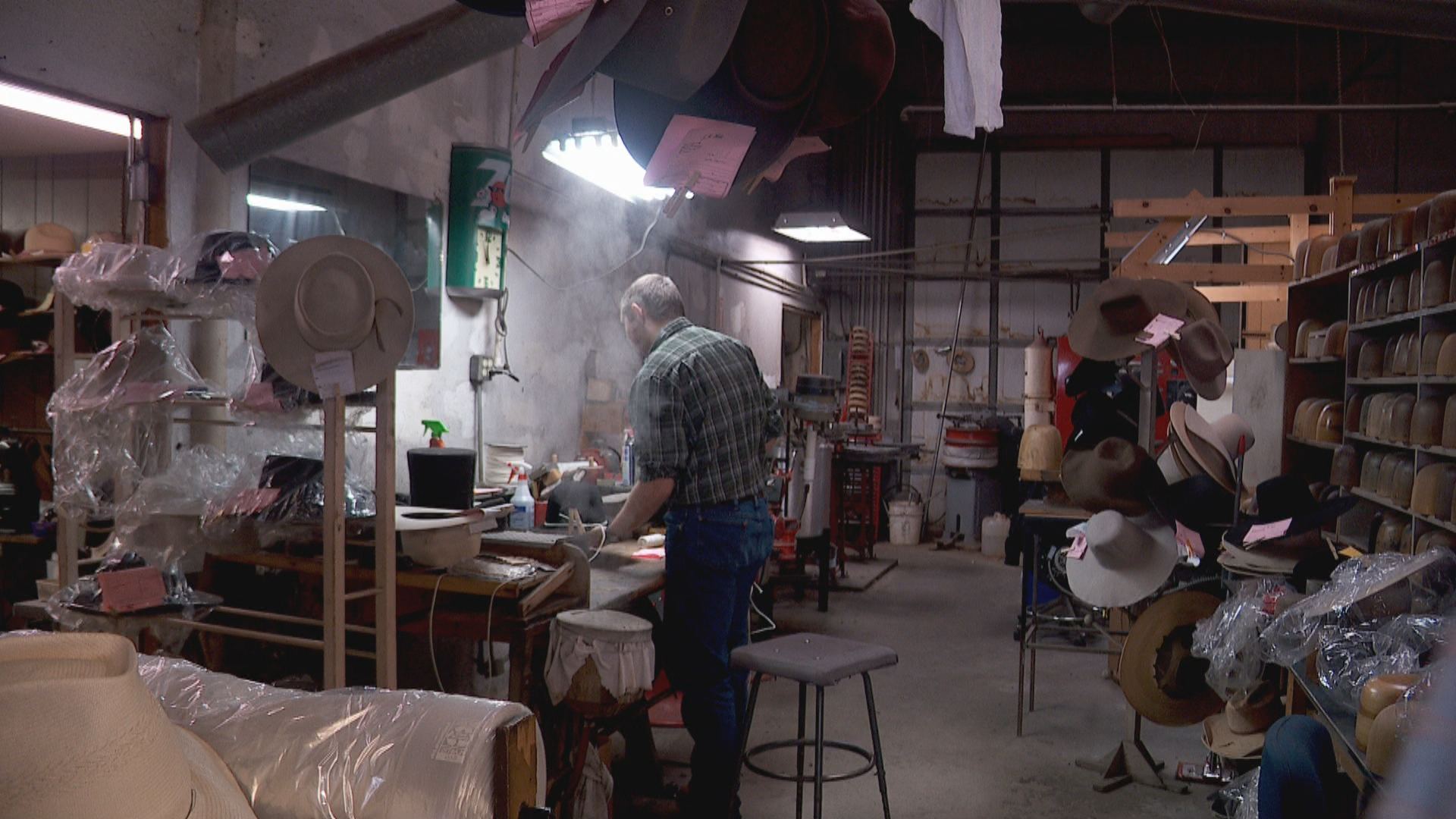 Inside the Story: Hat shop to continue hat maker's legacy after he passes away (Photo: KUTV)