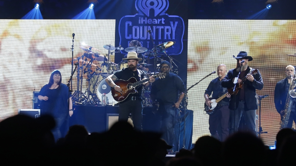 Zac Brown Band makes history at Fenway Park