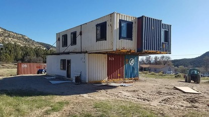 Utah Couple Builds House Out Of Shipping Containers Kmyu