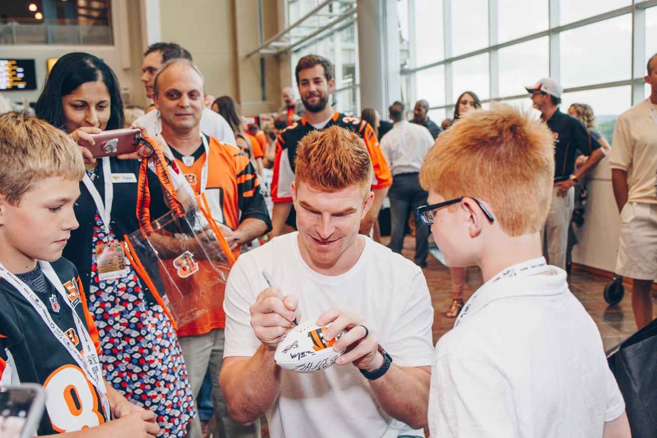 Andy Dalton signing autographs /{ }Image: Catherine Viox // Published: 6.14.18