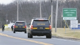 Officials: 1 hostage dead after prison inmates take hostages