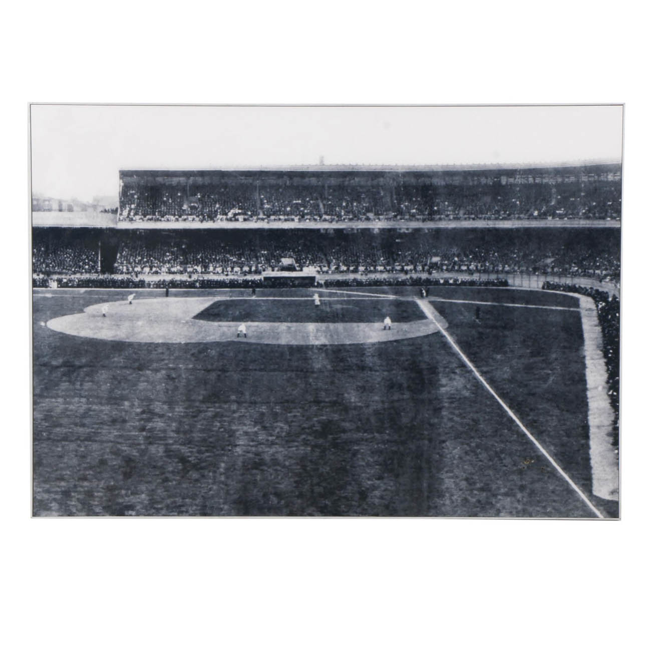 This large black-and-white canvas print of an early picture of Redland/Crosley Field. The stadium was built in 1912 and closed in 1970. The item is 60.5 inches wide and 42.5 inches tall and comes with a metal frame. / Image courtesy of Everything But The House (EBTH) // Published: 12.6.18