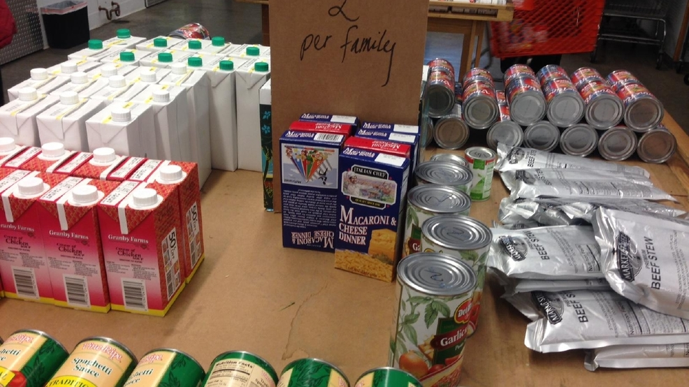 Fish food pantry receives 102 000 lbs of food donations for Fish food pantry