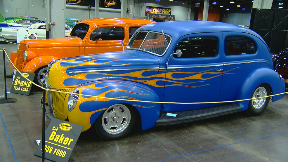 Cavalcade Of Customs >> 550 Vehicles At The Cavalcade Of Customs Wkrc