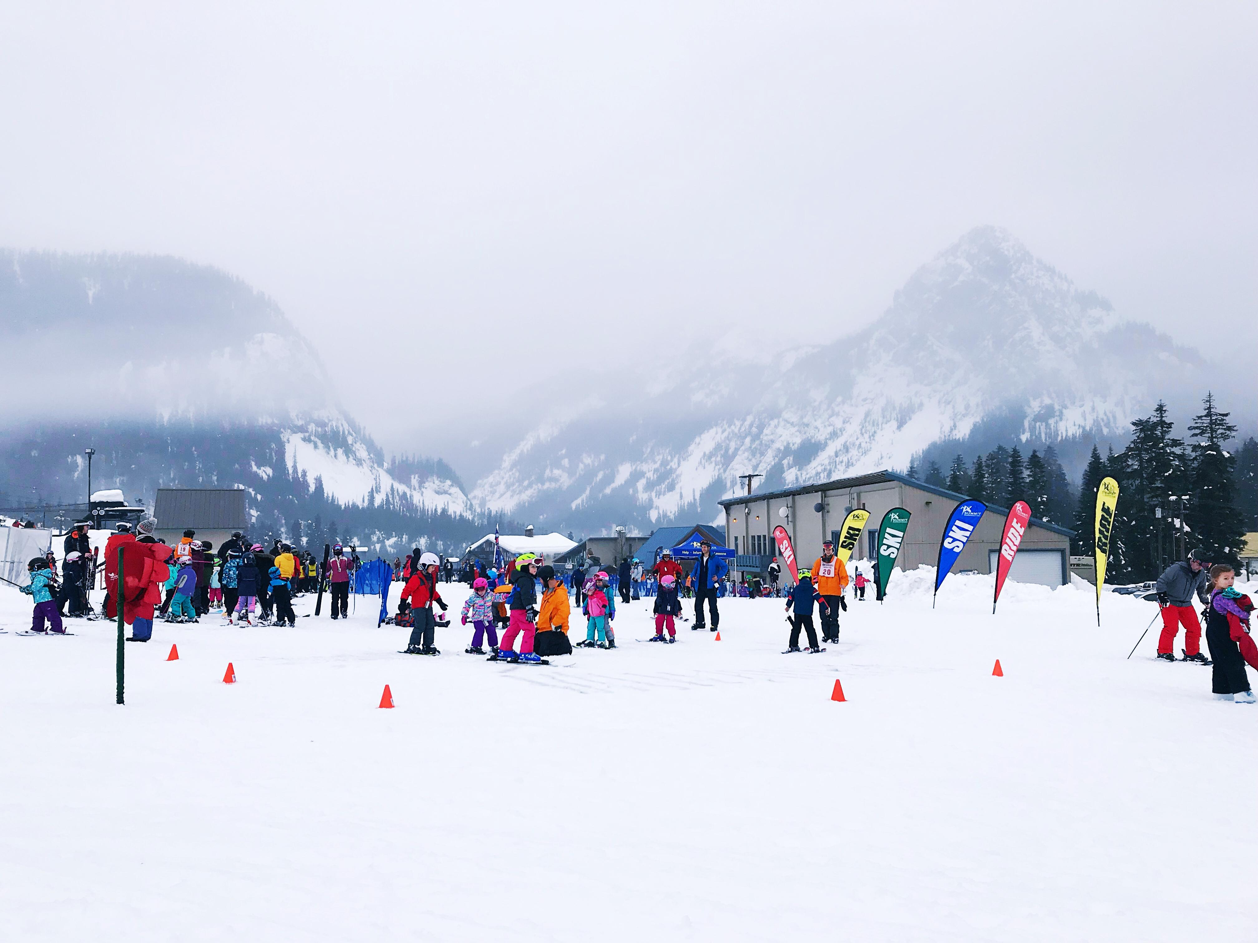 The slopes were packed with skiers of all abilities. (Image: Rebecca Mongrain/Seattle Refined){&amp;nbsp;}<p></p>