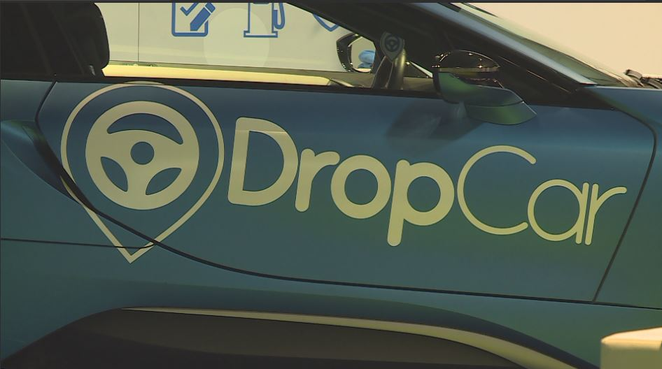 DropCar will meet you at your home and park your car for you.{&amp;nbsp;}<p></p>