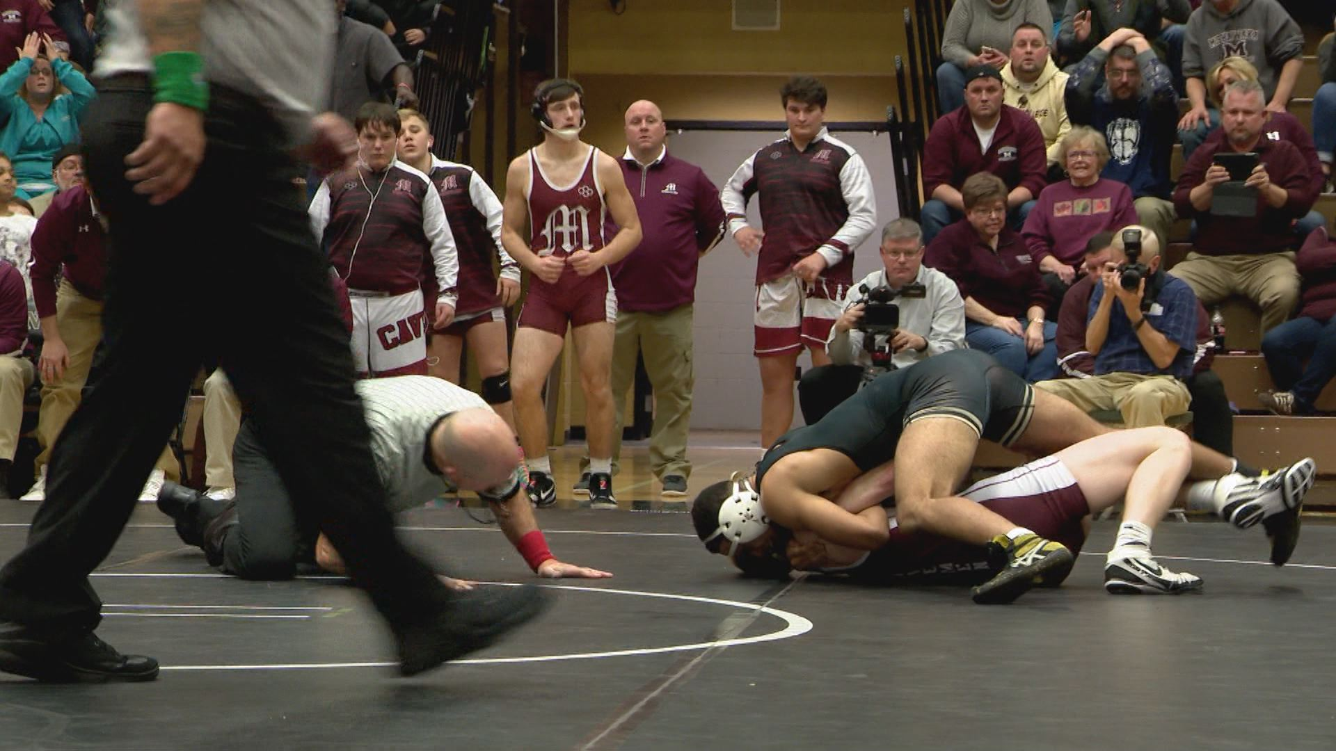 At 152 lbs, Joe Walker (Mishawaka) pinned Austin Heater // WSBT 22 Photo<p></p>