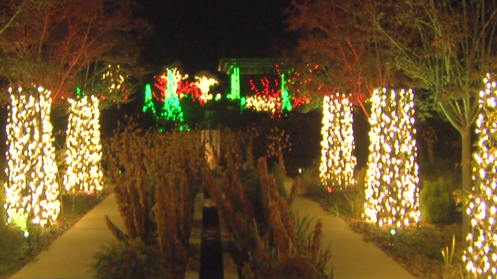 Tulsa Botanic Garden Opens Garden Of Lights For The Holidays