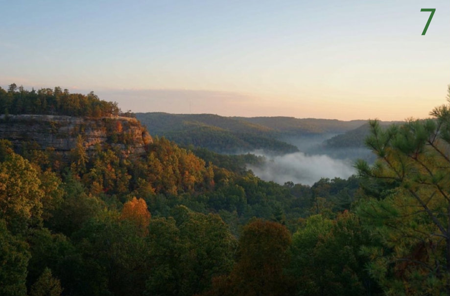#7 - Natural Bridge State Park (near Red River Gorge) makes for the perfect fall getaway. / Image courtesy of Instagram user @alexloray