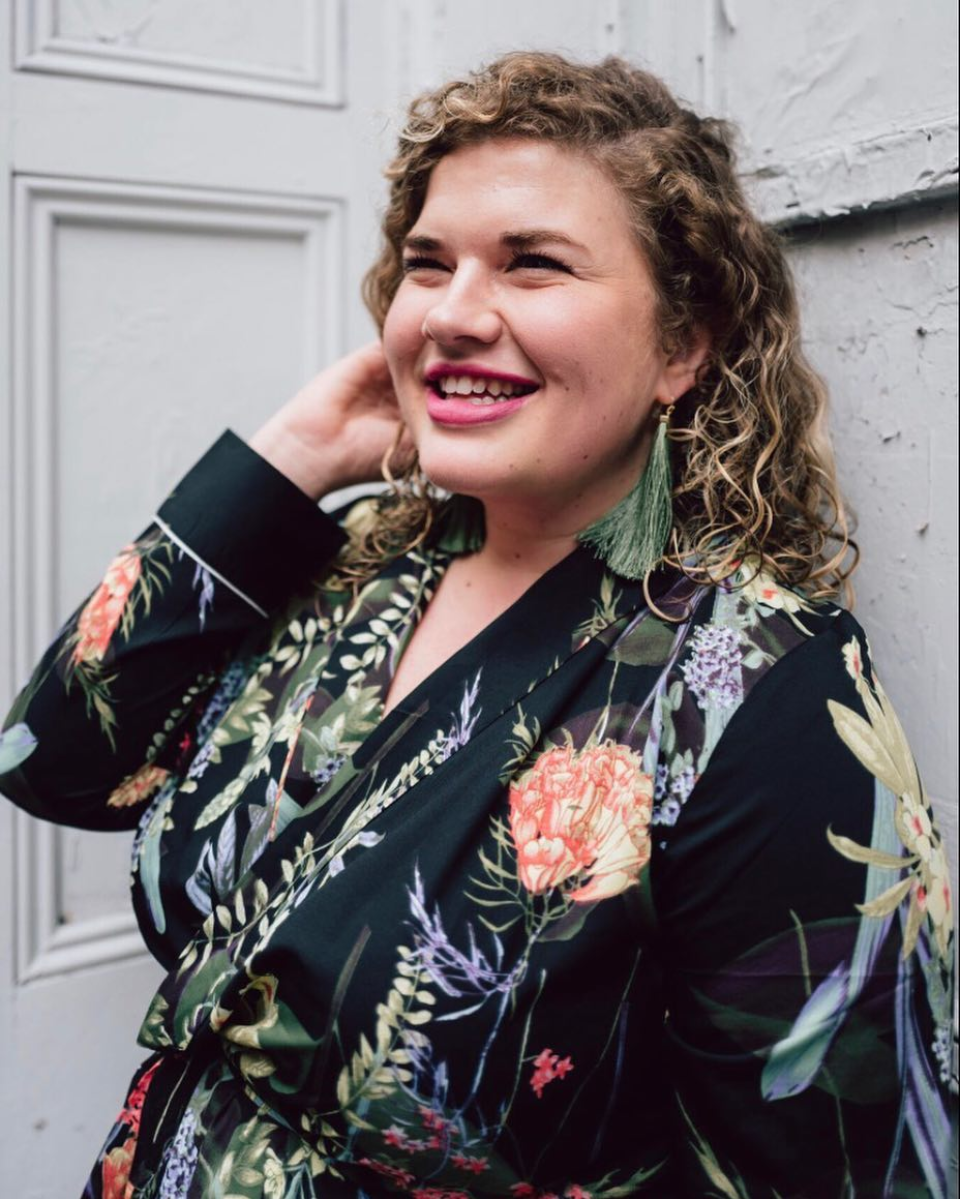 We LOVE the tropical floral print and coat, in part because it's accessible enough to wear during a night out in D.C. too! Plus Catherine got her earrings at Current Boutique, a local retailer.  (Image via @dreamyrealist_ , photo by @maxeygreene)