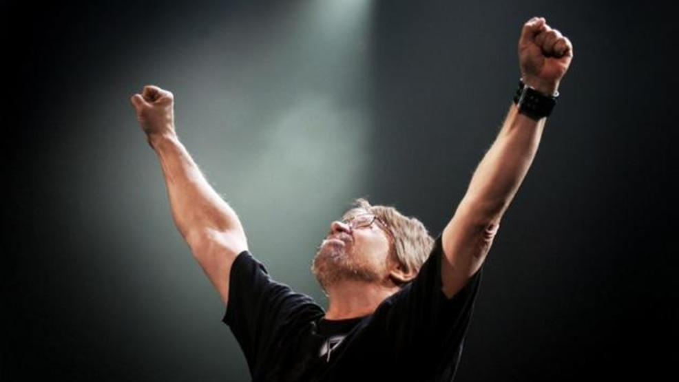 Bob Seger plays the last show of his tour at Cobo in Detroit on Saturday, March 17, 2007.