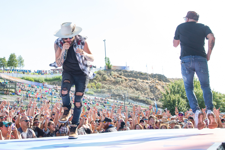 LoCash at the Watershed Music Festival 2018 at The Gorge Amphitheatre. (Photo by David Conger / davidconger.com)