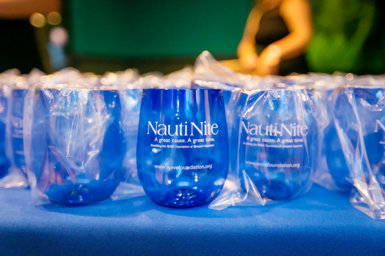 Nauti Nite was held on Friday, October 5 at the Newport Aquarium. The event is held every year to raise money for the WAVE Foundation. Proceeds from the event go towards ocean conservation efforts and youth education programs. / Image: Mike Bresnen Photography // Published: 10.6.18
