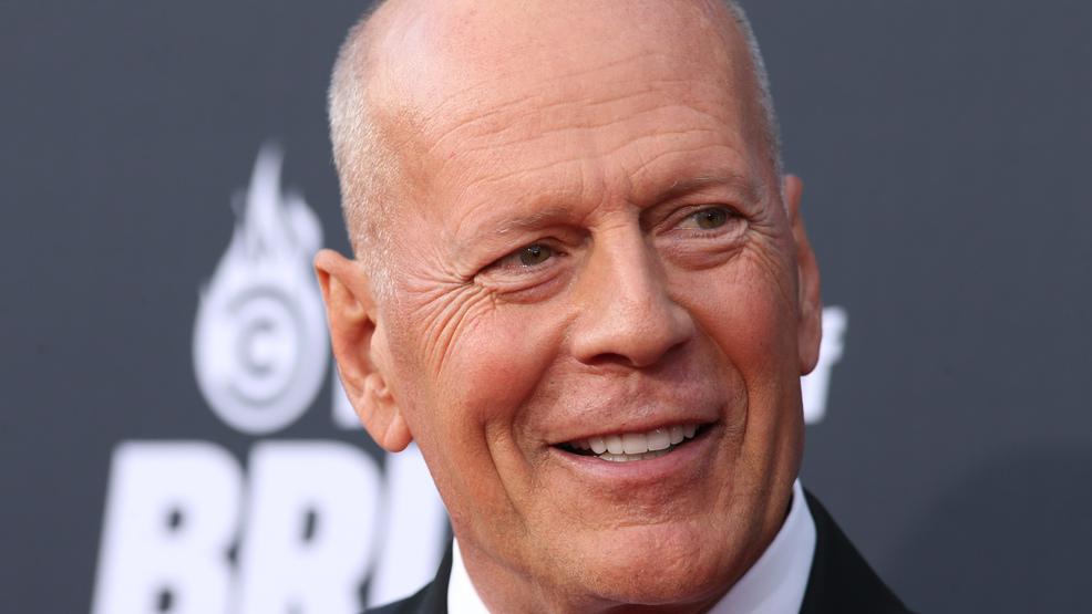 bruce willis die hard isnt a christmas movie - Bruce Willis Christmas Movie