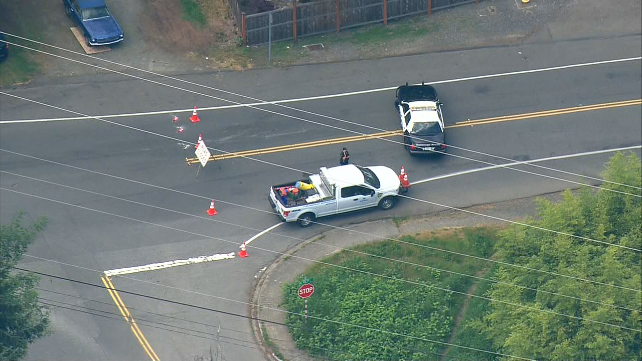 A mother and three children were hurt Wednesday, Maay 16, 2018, when they were hit by a car in Shoreline. (Photo: KOMO Air 4)
