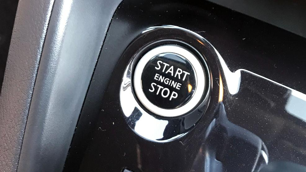 2020 Nissan Versa push button start.JPG