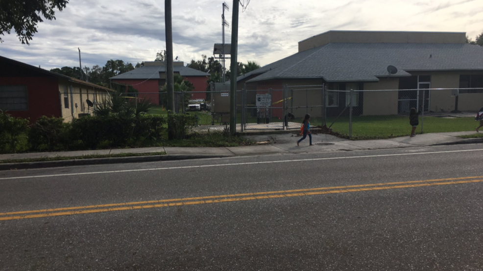 Double shooting standoff prompts lockdown of west palm - Palm beach gardens elementary school ...