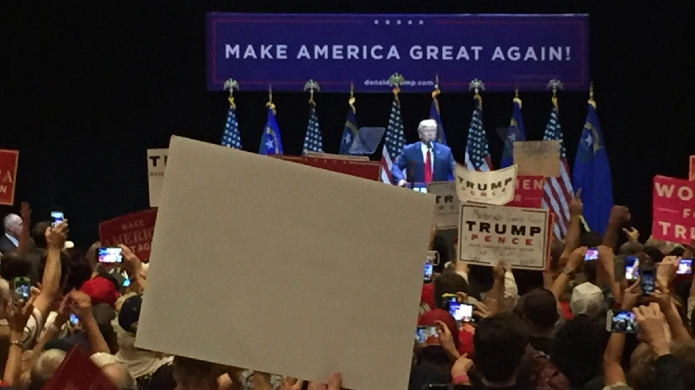 Donald Trump rallies in Las Vegas, taking supporters straight to the polls