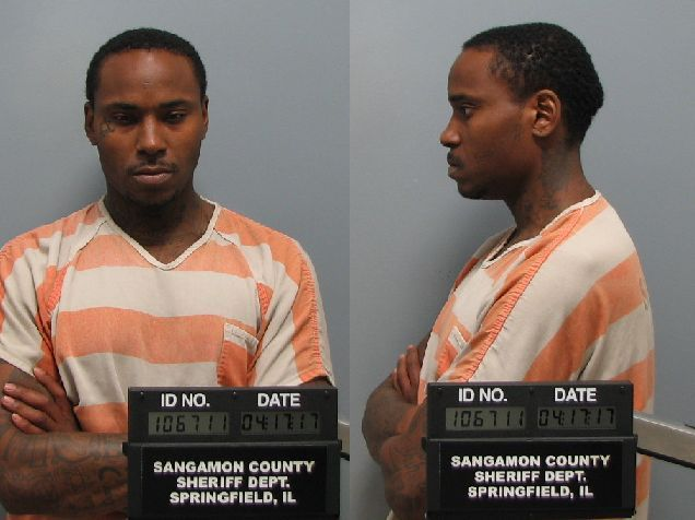 Fox Illinois is told the suspect, 31-year-old Ronnie Deshawn Clippard, was arrested for aggravated robbery. (Courtesy: Lincoln Police Department)