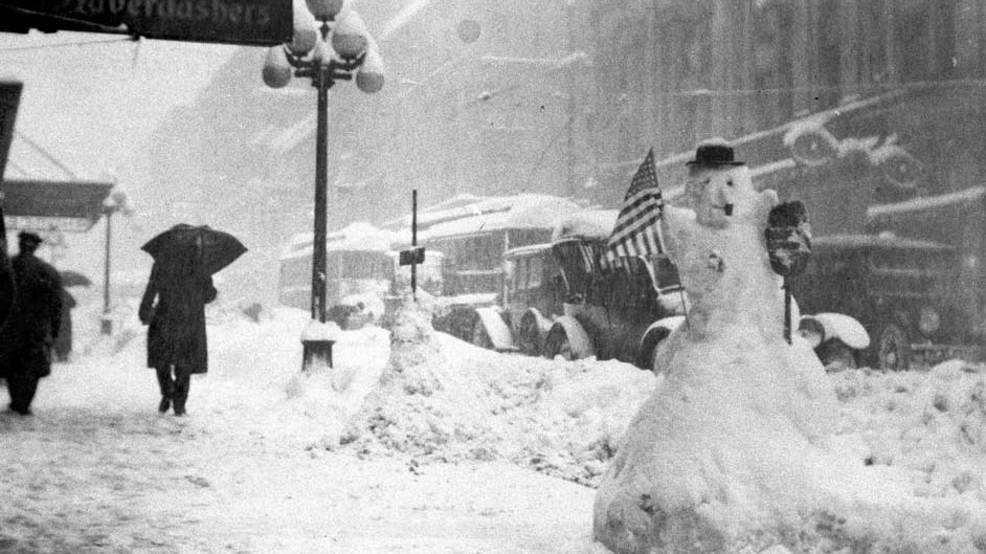 102 years ago Friday was Seattle's epic blizzard that left 3+ feet on the ground