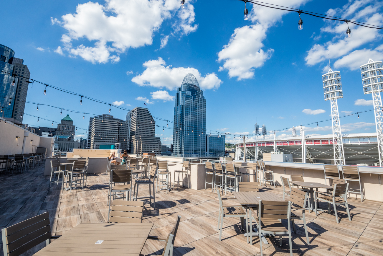 PLACE: AC Upper Deck at AC Hotel by Marriott / ADDRESS: 135 Joe Nuxhall Way (Downtown) / AC Upper Deck is a rooftop bar and restaurant situated along The Banks where patrons can enjoy river and city views over cocktails, beer, wine, and light bites. / Image: Catherine Viox // Published: 9.8.20