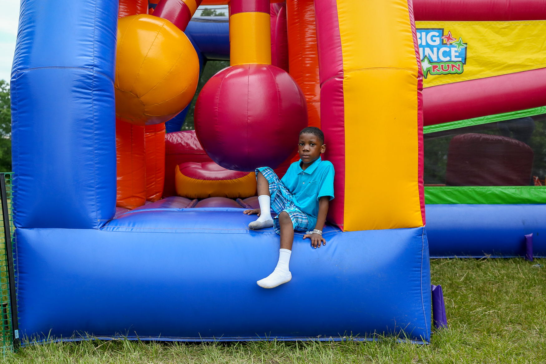 The Big Bounce America has brought a giant bounce house to Fort Washington, MD, giving kids and adults alike the chance to run wild, have fun and play. Although the giant bounce house has adult-specific time slots, all guests can enjoy the obstacle course bounce houses and ball pit. The event was so popular that it's extended its run from May 25-28 to include June 1-3. You can grab tickets at{ }https://thebigbounceamerica.com/tickets/ (Amanda Andrade-Rhoades/DC Refined)