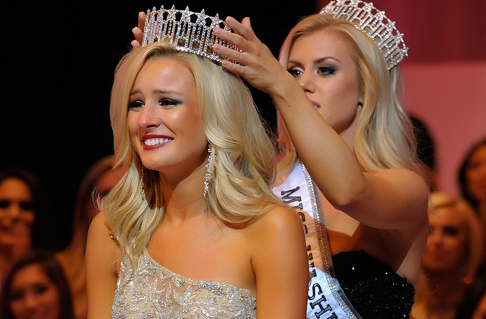 Over 75 contestants arrived at the Miss Washington USA pageant yesterday. Tensions and expectations were high as McKenzi Novell, Miss Great Spokane USA, was named our reigning titleholder for 2015.